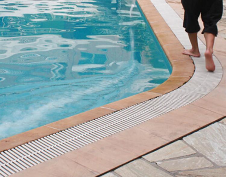 泳池设备溢流回水槽和溢水槽布置要求
